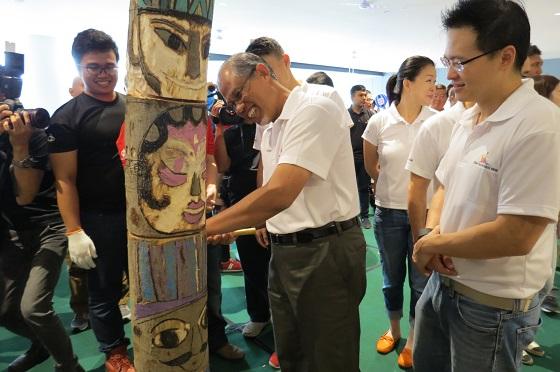 """新加坡群众艺术越来越""""高大上"""""""