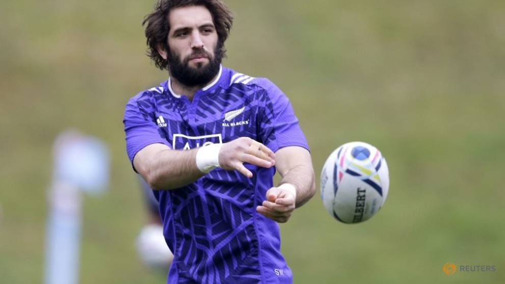 Canterbury Crusaders field strong pack against Lions