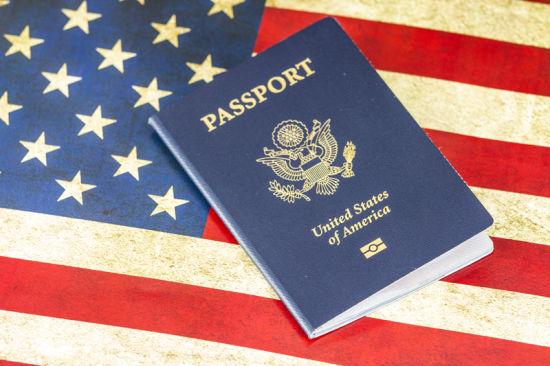 危及移民福利 美32个城市联手反对移民资格新规