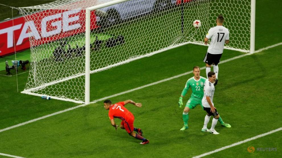 Football - Sanchez breaks Chile scoring record in Germany draw
