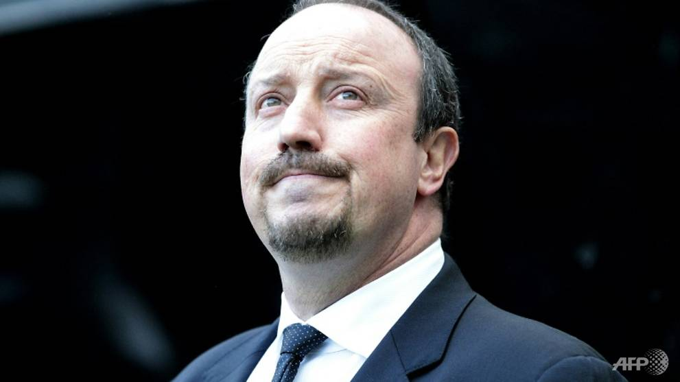 Football: Benitez vows to fight on despite transfer woes