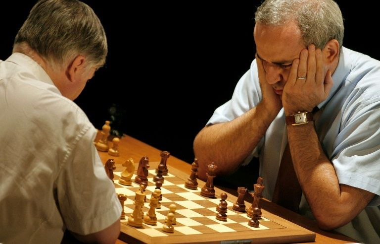 'Chess god' Kasparov returns to compete 12 years later