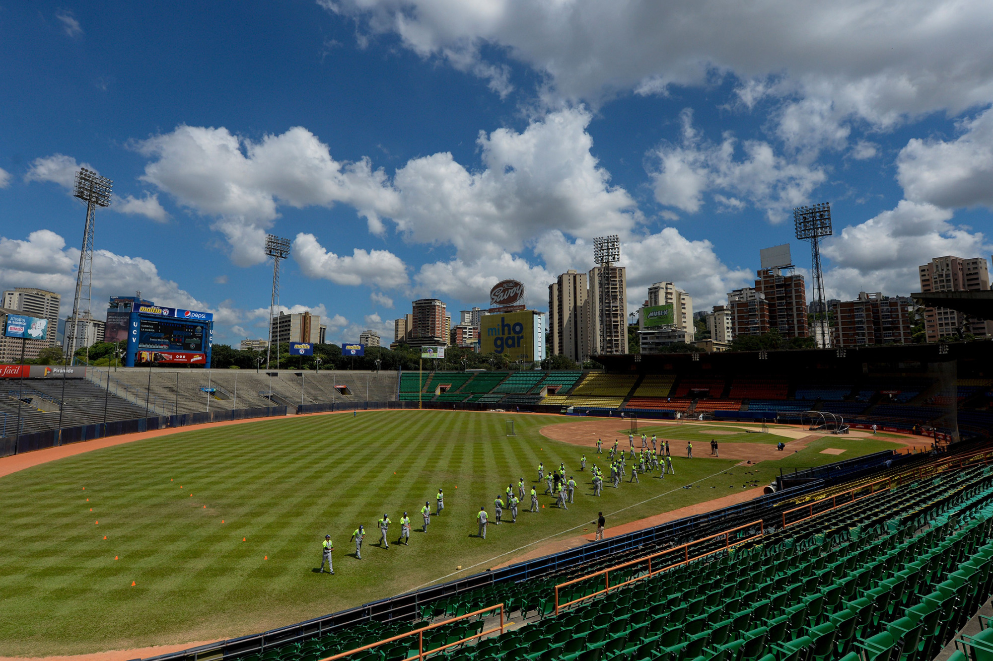 Baseball Over Food? Venezuelans Revolt Against National Pastime