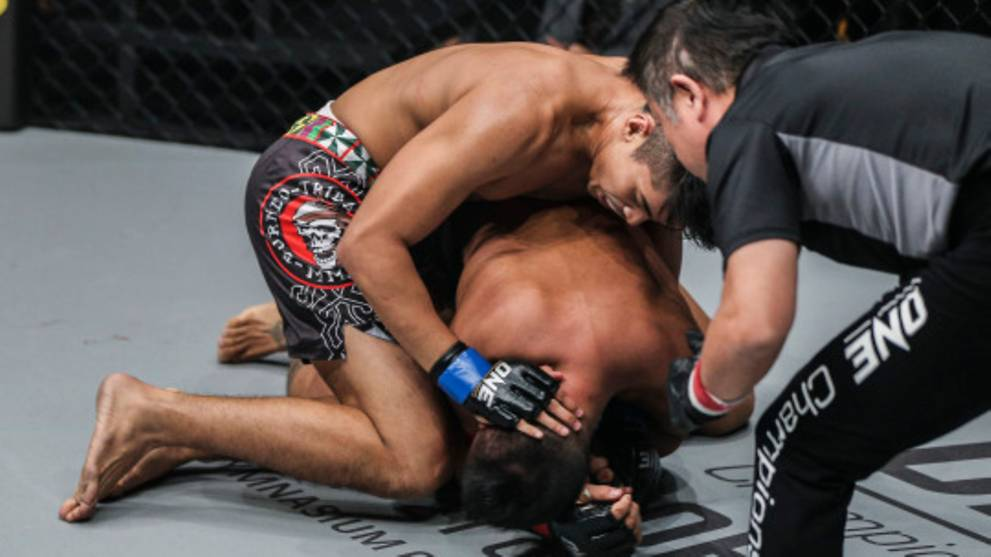 MMA: Malaysia's Hisyam Samsudin mourns father's death with win; defeat for Filipino Geje Eustaquio in main card