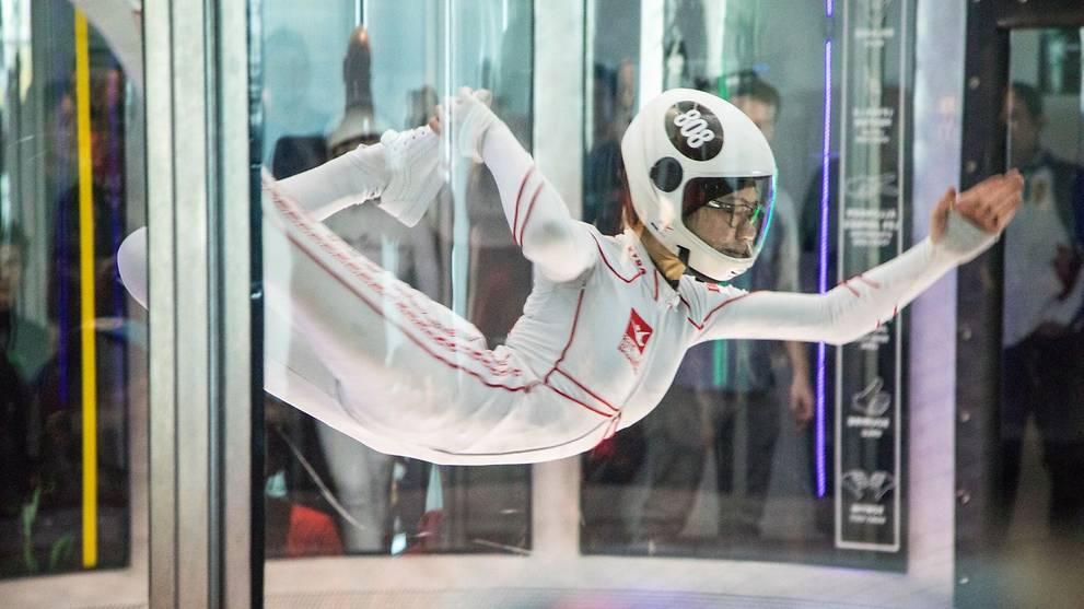 Singaporean indoor skydiver Kyra Poh retains world championship title