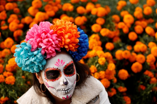 Day of the Dead: Thousands dress up for skeleton parade celebration in Mexico [PHOTOS]