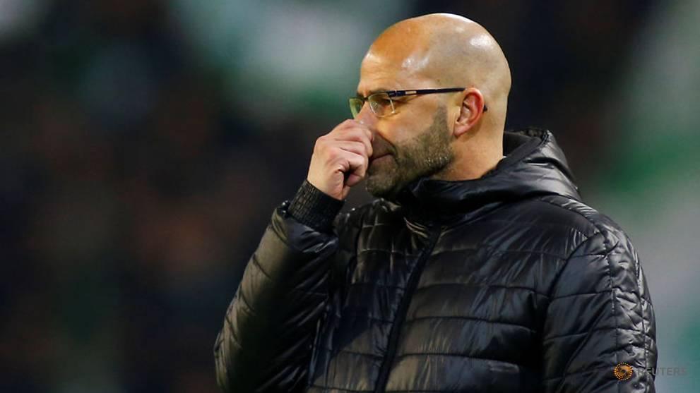 Borussia Dortmund sack Bosz, name Stoeger as replacement