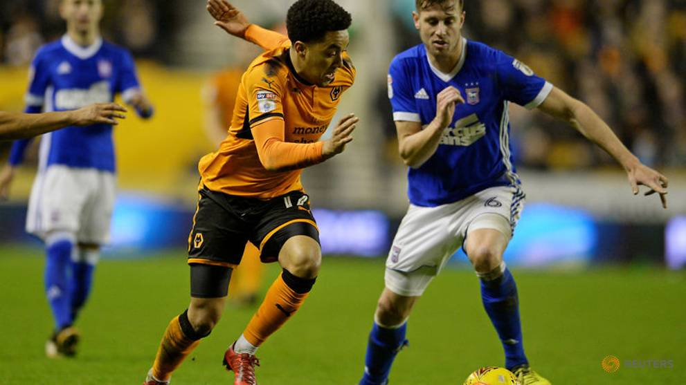 Wolves go seven points clear in Championship