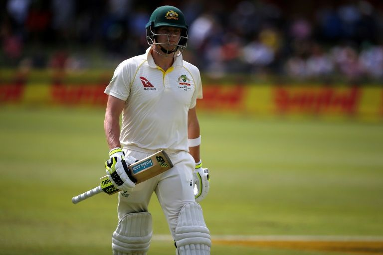 Smith to stay captain while CA probes ball-tamper scandal
