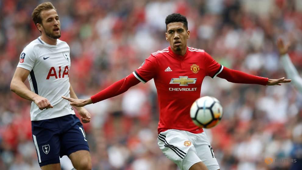 FA apologises for cheeky Smalling-Kane tweet