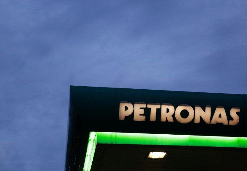 Sarawak CM pledges to make Petronas pay 5pc sales tax on petroleum products