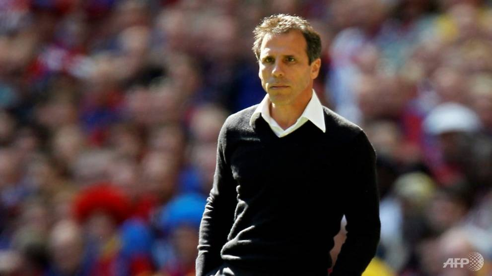 Football: Chelsea name Zola as Sarri's right-hand man