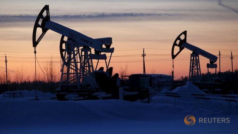 原油价格退低4% 是连续三个季度下跌