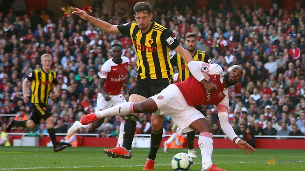 Late goals give Arsenal flattering 2-0 win over Watford