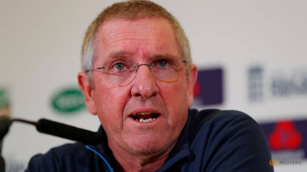 Cricket - World Cup hopefuls running out of chances, says Bayliss