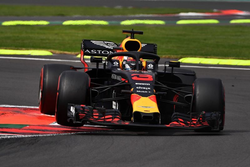 Daniel Ricciardo commits to final two F1 2018 races with Red Bull