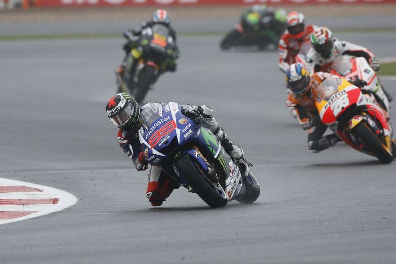 Vinales critical of poor wet performance from his Yamaha crew