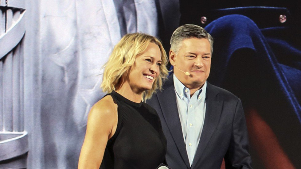Robin Wright says she's done with acting and wants to direct now House of Cards is over