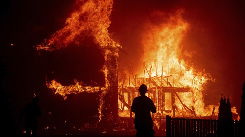 Trump set to visit as number of missing in California fire soars past 1,000