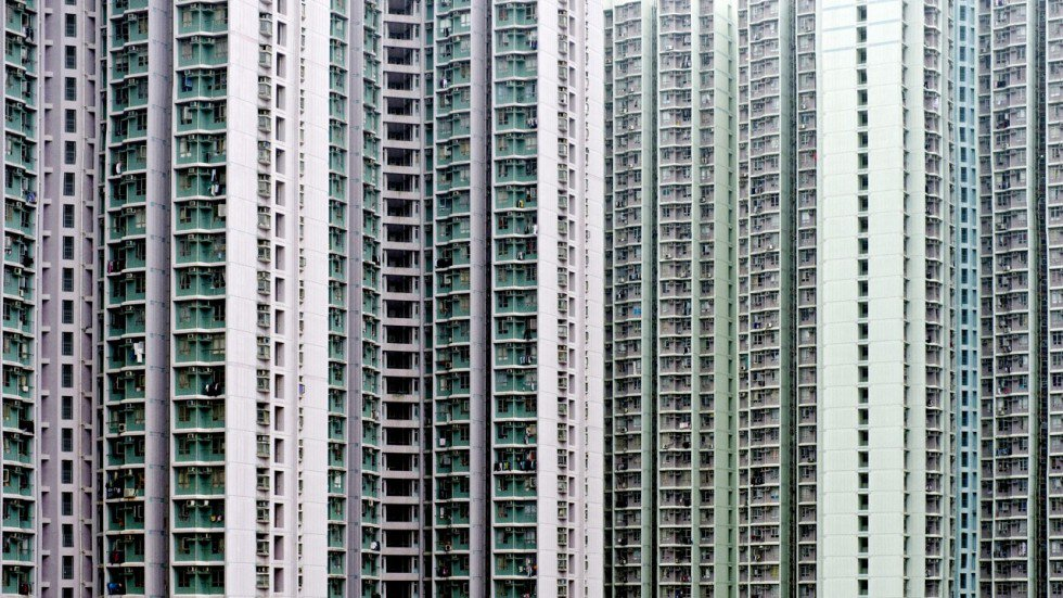 Rich poor gap in Hong Kong the theme of new short stories collection