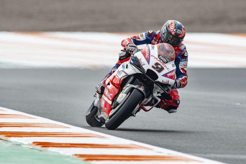 Valencia MotoGP: Petrucci fastest in practice three as Rossi crashes
