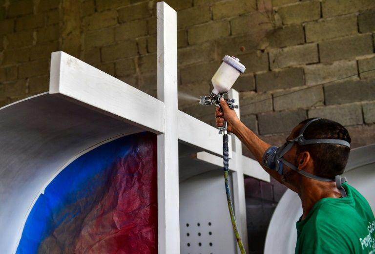 Panama prisoners build confession boxes for papal visit