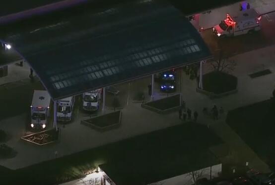 美芝加哥一医院枪击案已致2死 枪手被指开枪乱射