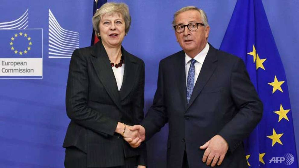 Brexit goes down to wire as May calls last-day talks