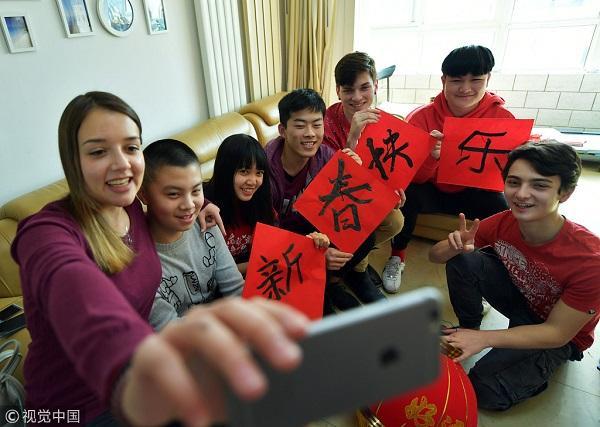 目前差30倍!英媒:美国应鼓励学生到中国留学 才能了解中国