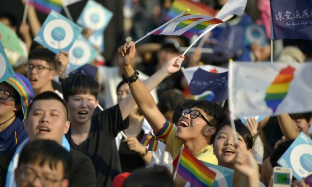 Taiwan midterm elections put divisive issues on the ballot