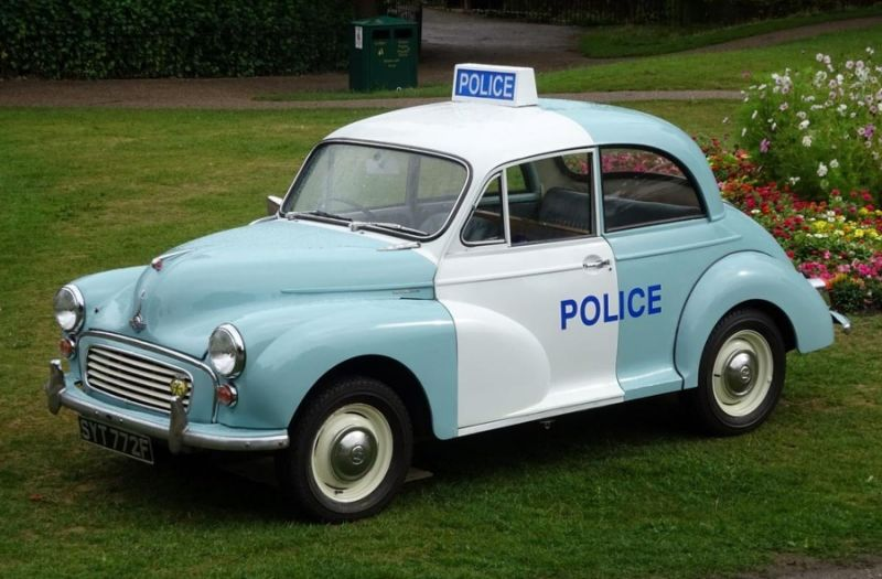Retro police cars lead Christmas classic car auction