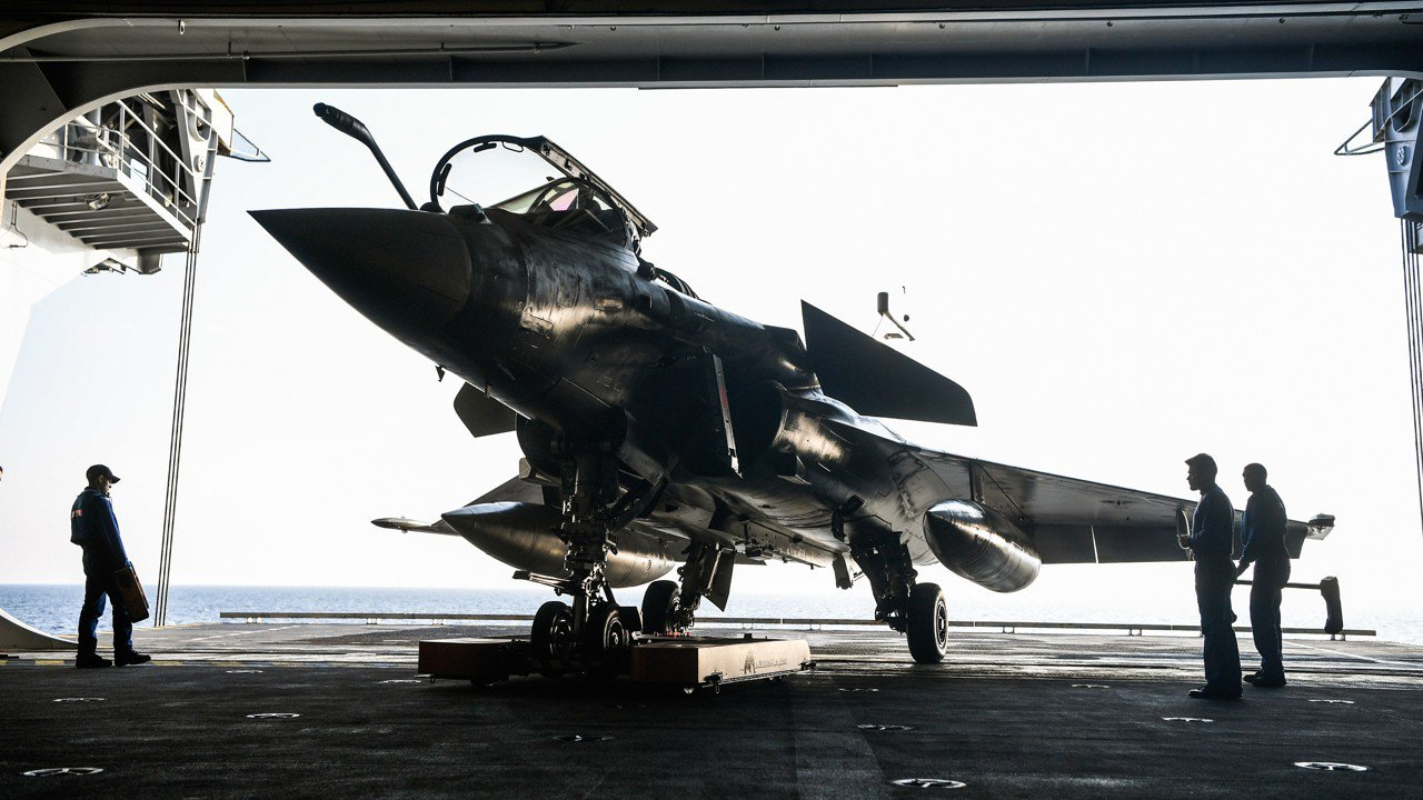 What a dogfight in court would mean for Modi's Rafale jet deal