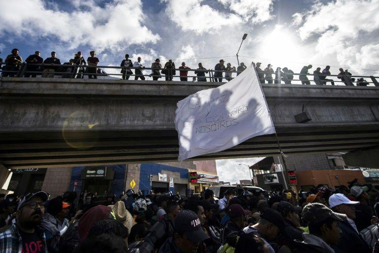 Stuck at US border, caravan migrants losing hope