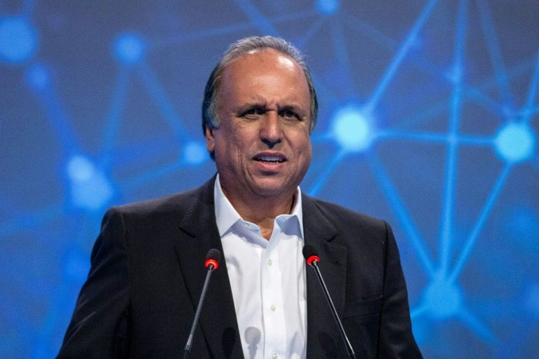 Rio de Janeiro governor arrested on corruption charges: media