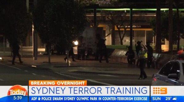 """数百澳军士兵""""突袭""""奥林匹克公园!澳洲军方在悉尼进行大规模反恐演习"""