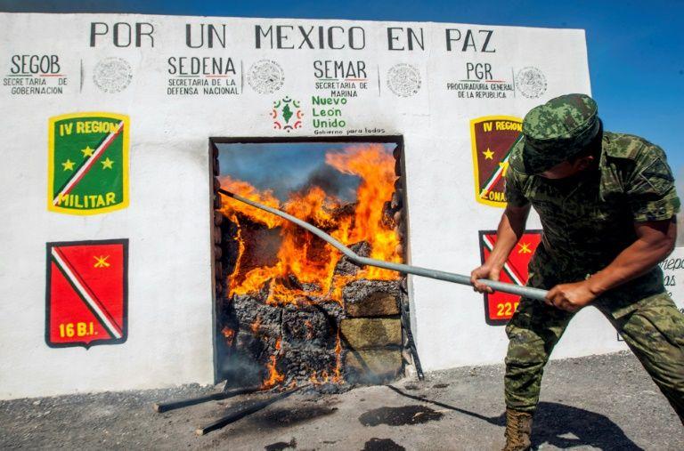US jails druglord el Chapo's lieutenant for life