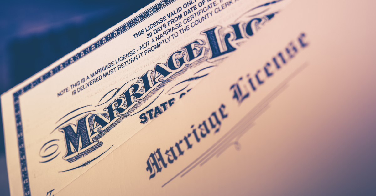 Washington dc clerk stalls marriage over 'foreign' New Mexico ID card