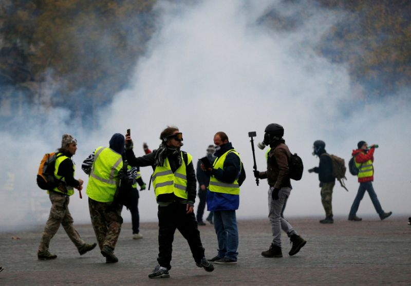 MFA issues travel notice for France amid continuing protests