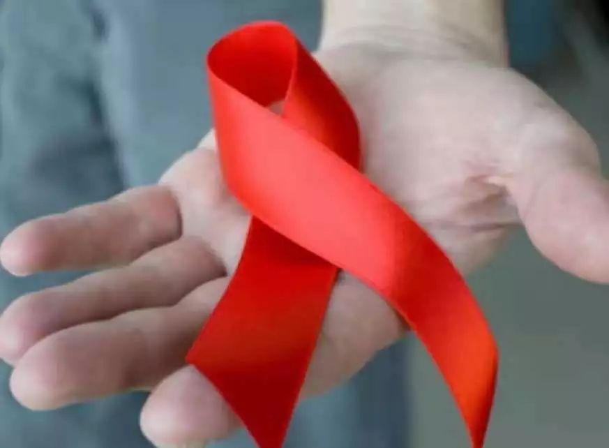 世界艾滋病日,世界卫生组织鼓励大家进行自我检测!