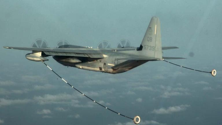 美军两飞机日本空中撞 六军人失踪一人获救