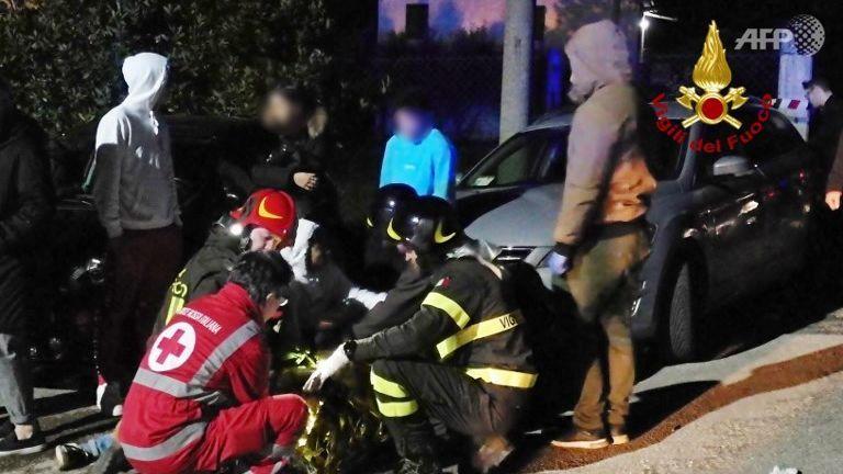 意大利夜店发生踩踏惨祸 6死百伤