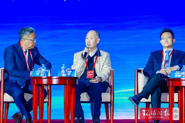 海军少将杨毅:中美关系处于关键且危险的十字路口