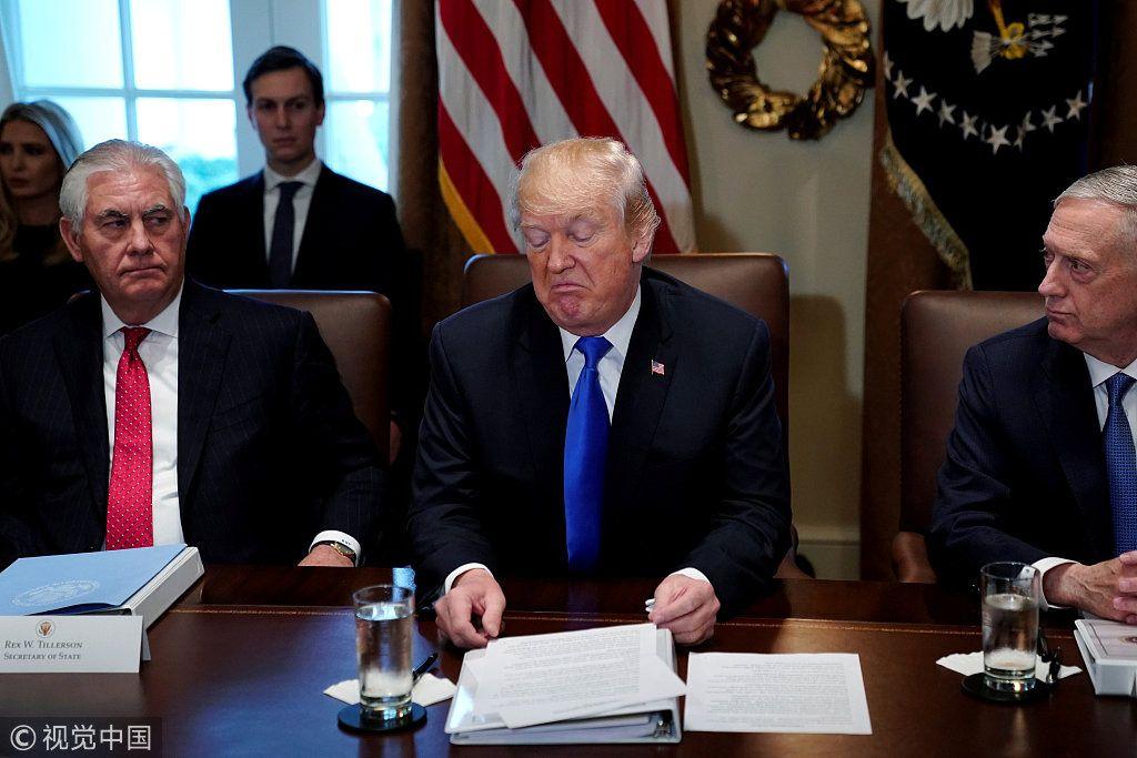 美国前国务卿暗讽特朗普遭回怼:蠢得像石头,懒得要命(视频/组图)