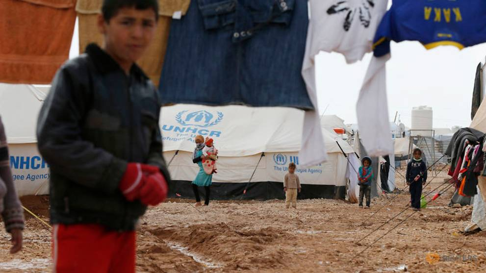 250,000 Syrian refugees could return home next year - UNHCR