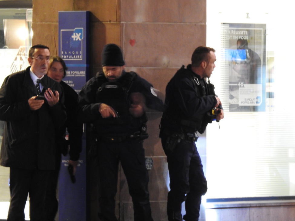 法国一圣诞集市发生枪击案 已致1死3伤