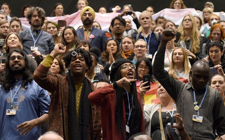 Nations still worlds apart at crunch UN climate summit