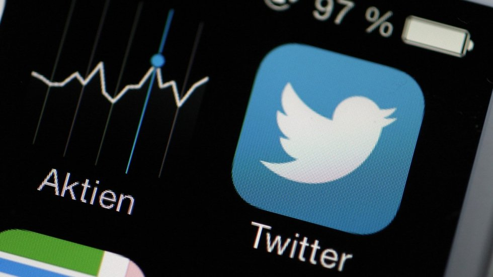 Botskrieg: German official wants to wipe out bots after 'wave of lies' hits social media