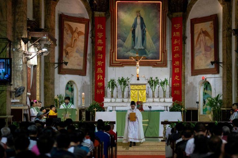 Second Chinese underground bishop steps aside: report