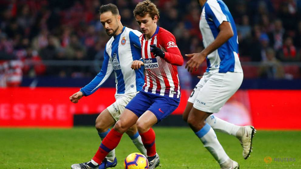 Griezmann penalty gives Atletico win in tight game with Espanyol