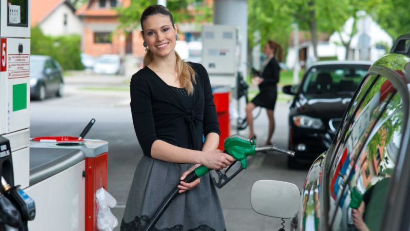 Low fuel prices help cut inflation